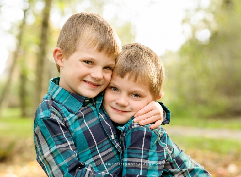 Twin Brothers | Seattle Child Photographer