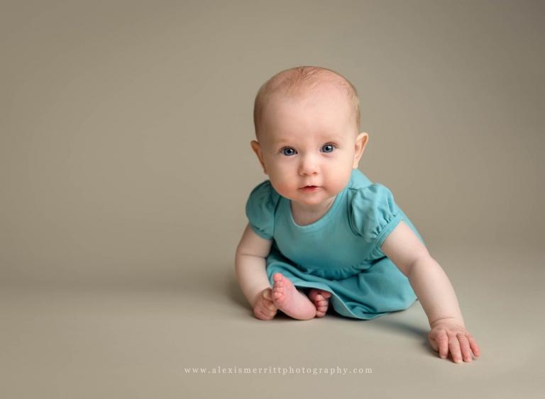 6 month Sitter in studio | Bothell baby milestone photographer