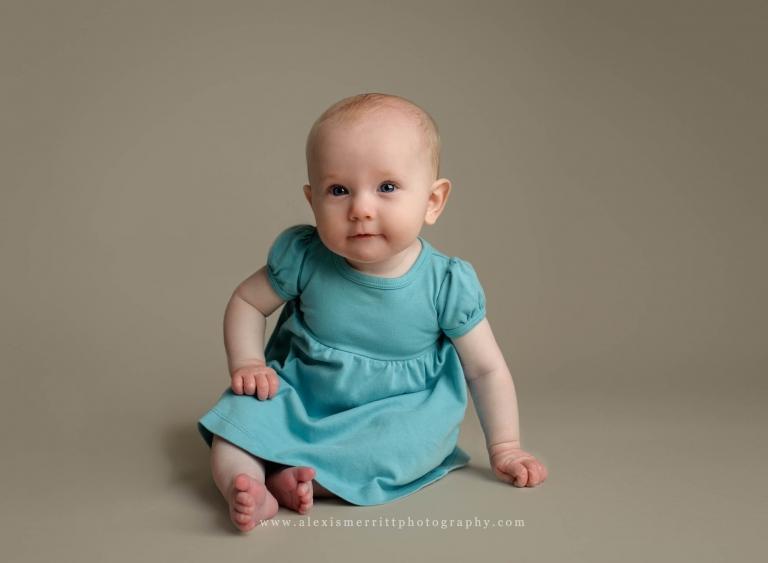 Studio sitting milestone session | Seattle Baby Photographer