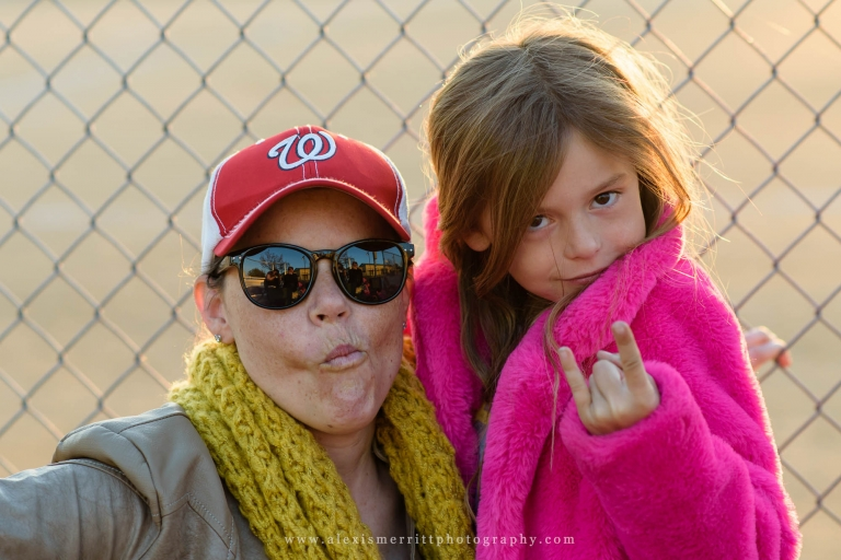 Mom and daughter at baseball game | Seattle Photographer